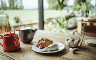 Edgewater Hotel Wanaka Gourmet baked to order scones in Wineglass Cafe by LUISA APANUI 212
