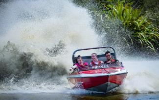 Velocity Valley Agrojet Spray 2 girls 3mb